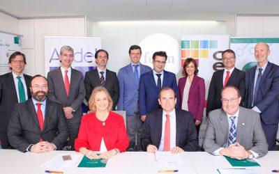 Firma de Convenio entre CECE, FENIN y SEEIC para la Formación Dual
